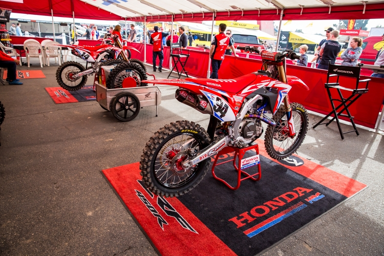 Monster Energy Supercross - Freestyle Photocross - Anaheim 1 - 2018 -1 - Team Honda HRC Tent
